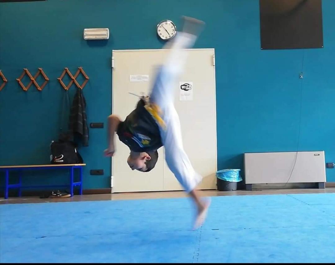 Capoeira Acrobatica (3 – 5 anni)